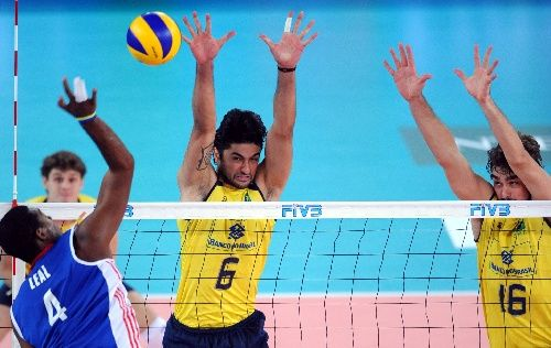 参加,卫冕冠军巴西队3-0横扫古巴获得冠军.继2002年和2006年图片