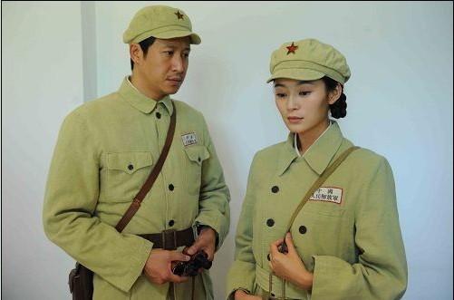 剧中演员王媛可和张国强