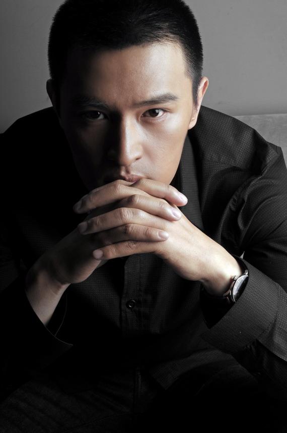 演员胡海峰硬朗写真