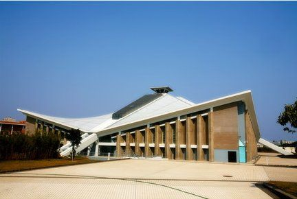 华南理工大学体育馆外观