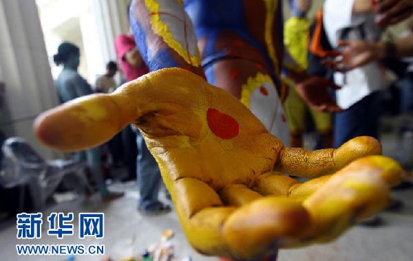 委内瑞拉举办第五届国际人体艺术展(组图)