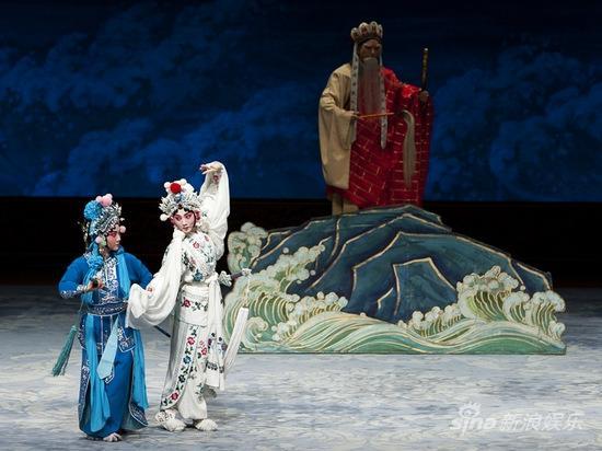 春华秋实展演周 中国戏曲学院《白蛇传》