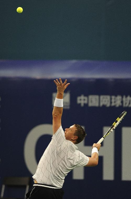 体育 2 网球 2010ATP冠军巡回赛成都站 卡费尔尼科夫胜拉...