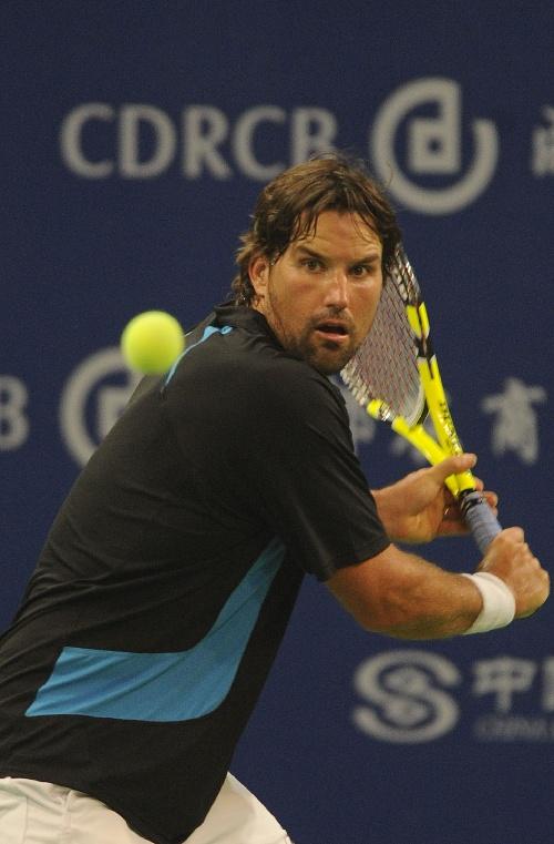 体育 5 网球 2010ATP冠军巡回赛成都站 卡费尔尼科夫胜拉...