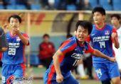 图文:[中超]重庆VS长春 力帆庆祝进球