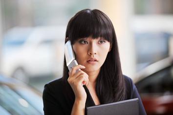 张佳宁《蚁族》中职业女性造型