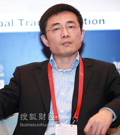 复地集团董事长_范伟卸任复地集团董事长总裁张华接任