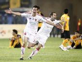 图文:[亚足联杯]阿尔伊蒂哈德夺冠 队员庆祝
