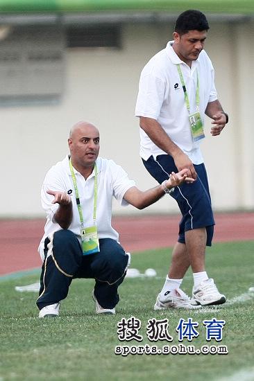 图文:[亚运会]科威特2-0印度 科威特主帅