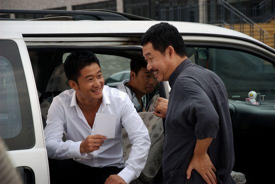 图:《爱情36计》剧照 - 吴京、刘桦