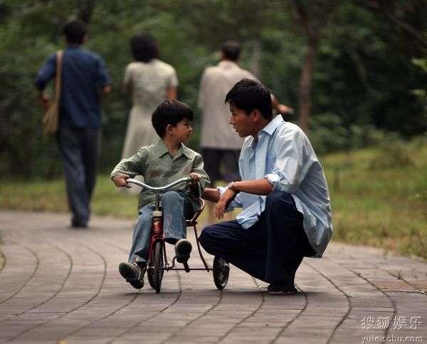 李晨《风车》演绎父子情深