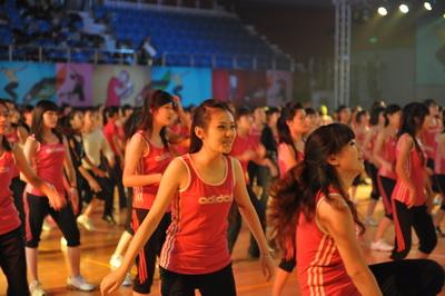 北京市高校校园健身操展示会 青春激情无限(图)