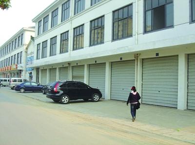 4米的三层楼房设计图,一层门面房,二三楼是住房
