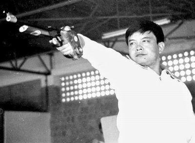 01-中国亚运首金 男子手枪慢射――苏之渤