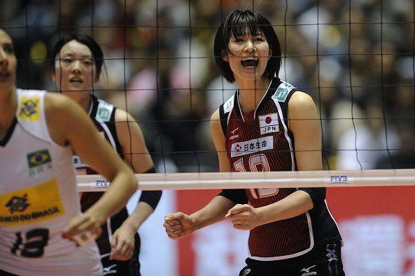 图文:巴西女排3-2险胜日本 木村纱织呐喊