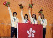 图文:游泳女子4X100混合接力 澳门运动员