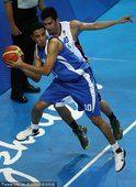图文:亚运会男篮比赛 菲律宾76-69科威特(14)