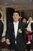 北京国安黄博文大婚 队友纷纷前来祝福