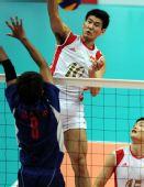 图文:男排预赛中国胜中华台北 中国队球员陈平