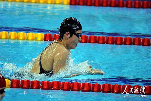 叶诗文女子400米个人混合泳夺冠图片