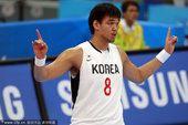 亚运会男篮小组赛 韩国VS约旦多次出现暴扣画面