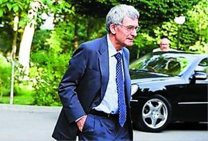 法驻伊朗大使贝尔纳・波莱蒂。