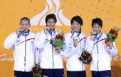 图文:男子4X100米混合泳颁奖仪式 日本队夺冠