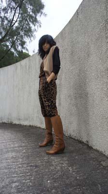 Vintage camel vest from Tokyo;AA black tee;Oh My God shoulder-padded bodysuit @Liger;H&M leopard print jumpsuit;MMM brown boots