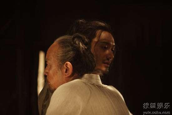 黄晓明与葛优在片中不离不弃15年