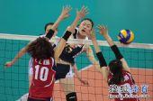 图文:亚运女排比赛中国VS韩国 扣杀穿透防守