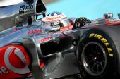 图文:F1车队测试倍耐力轮胎 帕菲特进行测试