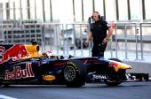 图文:F1车队测试倍耐力轮胎 红牛赛车开始练习