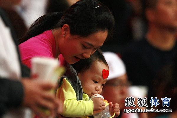 朱芳雨爱妻与儿子