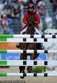 图文:2010亚运会马术场地障碍赛个人赛赛况(6)
