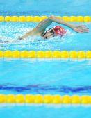 图文:现代五项女子苗禕骅夺冠 在游泳比赛中