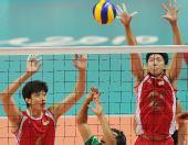 图文:男排排名赛中国3-0沙特 沈琼高高跃起