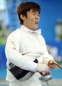 图文:现代五项男团韩国夺冠 郑煊浩在击剑中