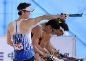 图文:现代五项男团韩国夺冠 金仁洪在射击