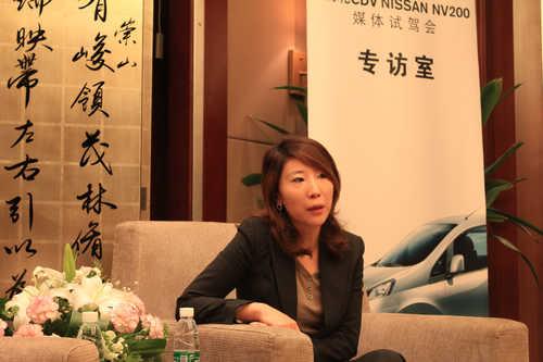 郑州日产汽车有限公司 公关部部长 霍静女士