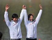图文:女子500米双人皮艇 日本组合摘银