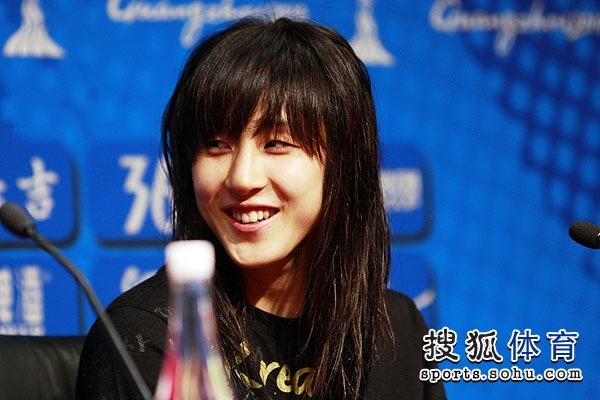 组图:韩国篮球美女金丹妃