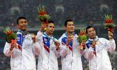 图文:男子4X100米接力颁奖仪式 泰国获得铜牌