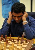 图文:国际象棋男子团体颁奖 彭塔拉在团体赛中