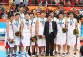 图文:亚运男篮颁奖仪式 韩国队球员