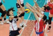 图文:亚运女排决赛中国3-2韩国 梁孝真遭拦网