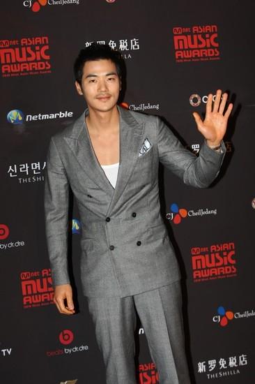 2010 MAMA颁奖典礼 金强宇