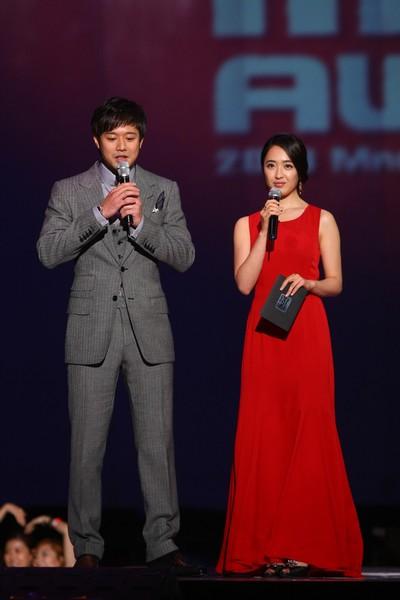 2010 MAMA颁奖典礼现场 颁奖嘉宾千正明金敏贞