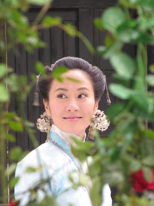 演员任泉(在线看影视作品)出品,金牌编剧于正制作,香港金像女星叶璇