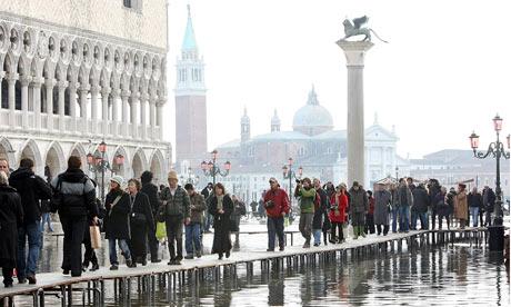 意大利威尼斯遭受数十年来最严重的水灾