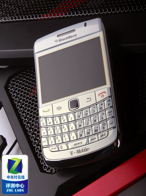 os6.0系统 白色黑莓9780手机机图赏